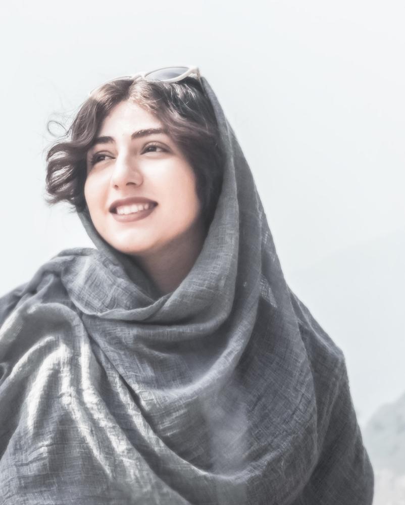 Mina Kavian | مینا کاویان
