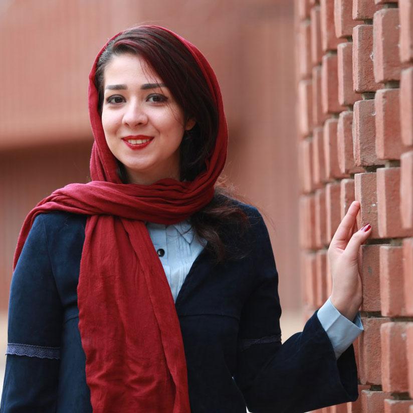 یاسمن تاوه | طراح پوستر و گرافیست | yasaman taveh